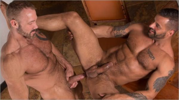 TitanMen Rent David Benjamin gives Daddy Dallas Steele his ass and mouth to pay the rent