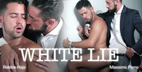 MenAtPlay White Lie Massimo Piano Robbie Rojo