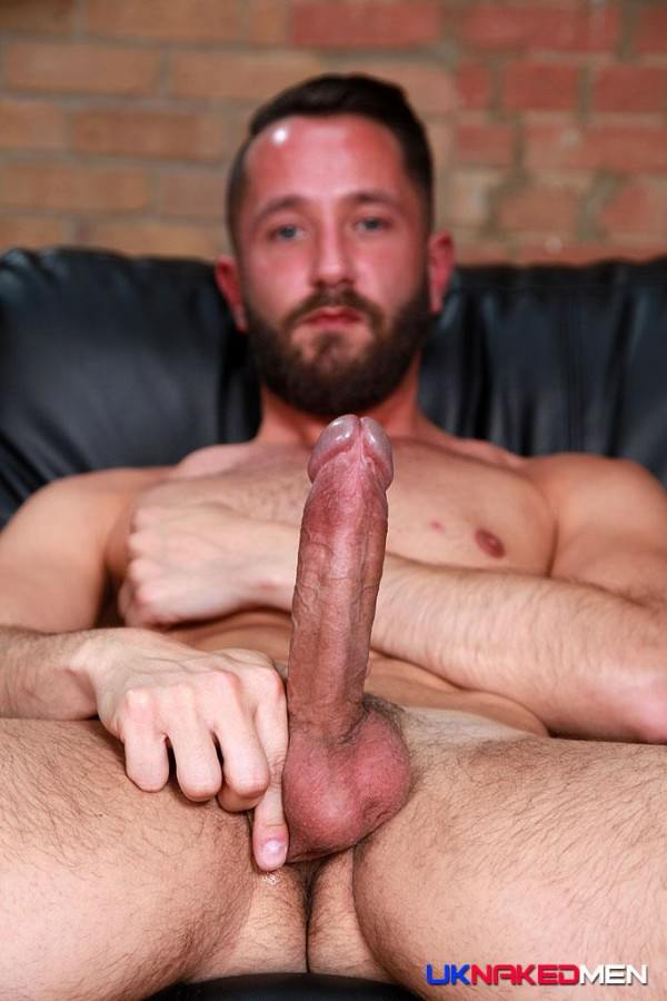 naked gay muscle escort