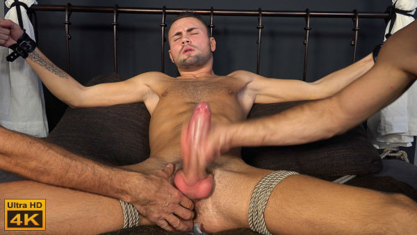 Str8hell Milos Ovcacek MILKING MEN