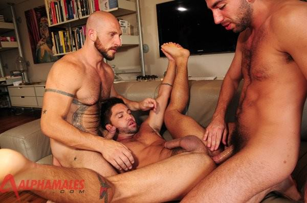 AlphaMales Aitor Crash, Dominic Pacifico Damian Boss