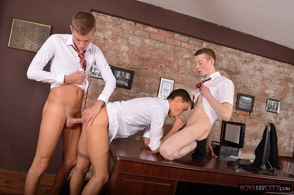 BoysAndTheCity Student Boys Horny Office Antics