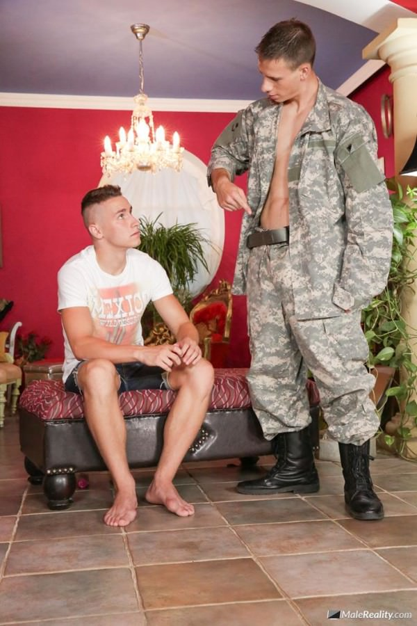 MaleReality Men In Uniform #04 Dick Tracy Peter