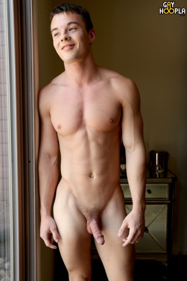GayHoopla Teen Jock Brandon Stone First Time Jerking on Camera