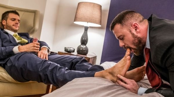 LucasRaunch Brian Bonds Embraces Sergeant Miles' Foot Fetish