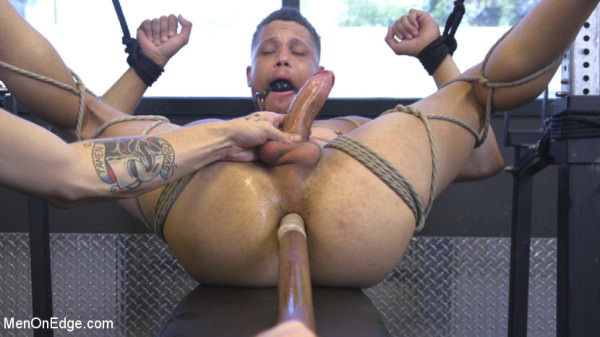 MenOnEdge Tony Shore, Tied Up and Edged at the Gym