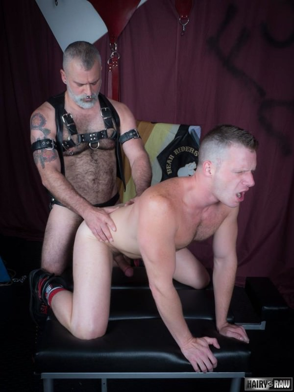 HairyandRaw Tom Carlton Brian Bonds Bareback