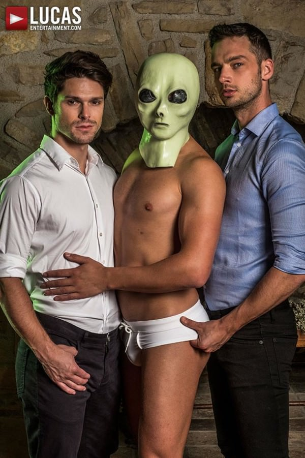 LucasEntertainment The XXX Files Devin Franco, Damon Heart & Bogdan Gromov Bareback