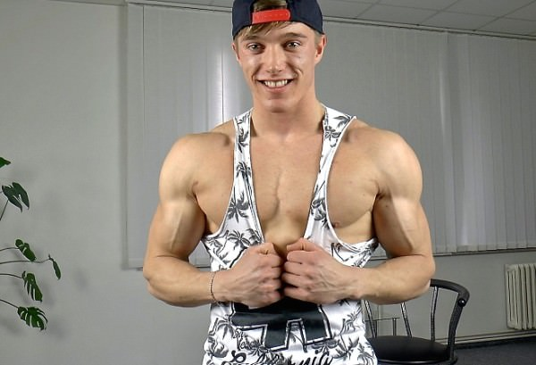 EastBoys Larry McCormick Muscle Flex