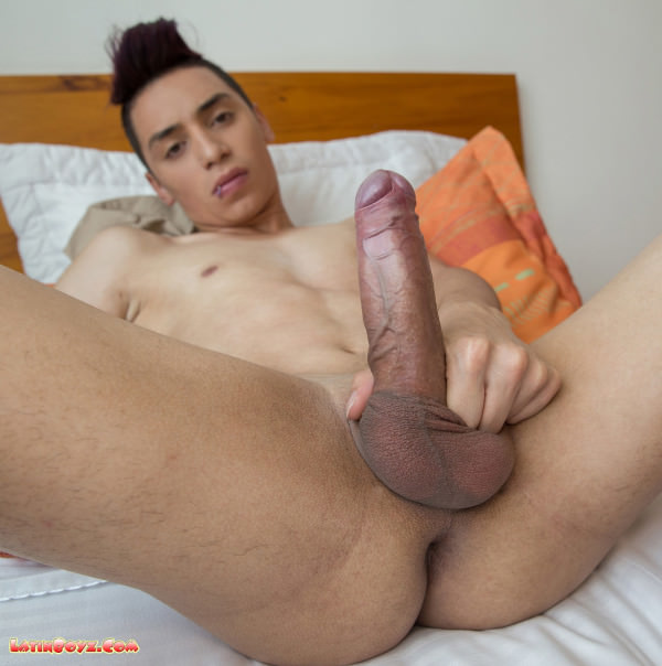 Latinboyz Cute Colombian Twink Julian