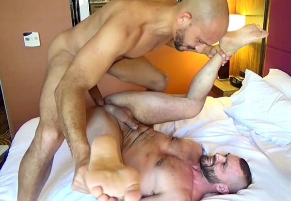 BiaggiVideos Take That Load 3 Part 2 Antonio Biaggi Jake Morgan Bareback