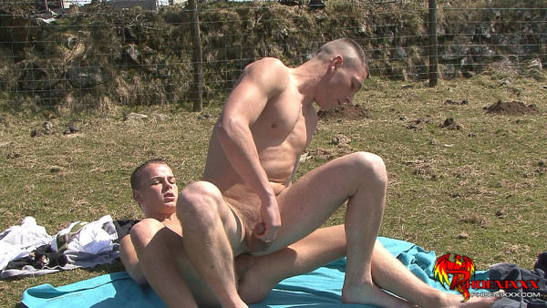 Phoenixxx Outdoor Fucking With 2 Hot Boys Billy S Tyler M