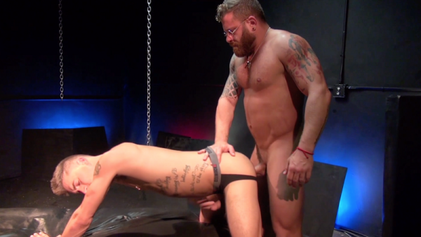 RawFuckClub Bentley Michael Bottoms for Riley Mitchell's Raw Cock