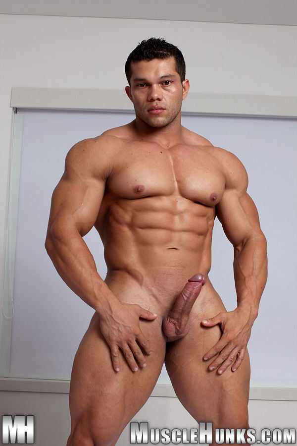 MuscleHunks Angel Cordoba Too Sexy For Those Pants Solo
