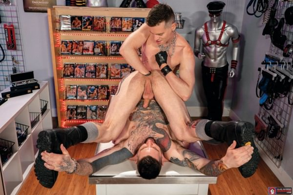 ClubInfernoDungeon Fisting Theater Axel Abysse Teddy Bryce