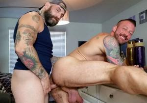 HotOlderMale – Plumber's Crack and Pipe – Greg York & Hugh Hunter