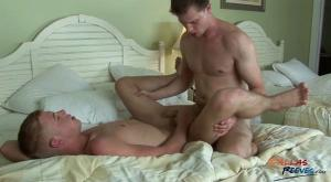 DallasReeves – Dallas Reeves Fucks Zach Kessler