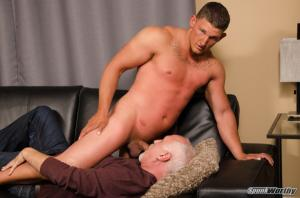 SpunkWorthy – Avery serviced by Jake Cruise