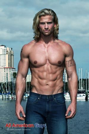 AllAmericanGuys –  Eric T. graffitti wall
