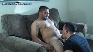 BeefCakeHunter – Blowing a Honduran straight cock – Miguelito