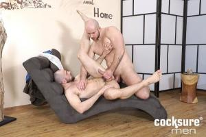 CockSureMen – Alex Bach Barebacks Stan Simons