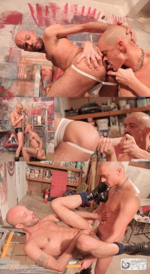 BullDogPit – Big Dildo Fun – Levi & Kink Boy