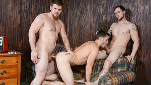 Bromo – Bareback Motel, Part 3 – Brenner Bolton, Jared Summers & Jeremy Adams – Bareback
