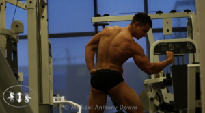 AllAmericanGuys – Fitness newcomer Nesthor in the gym