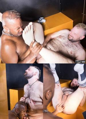HairyandRaw – Big Daddy Breeder & Teddy Johnston – Bareback