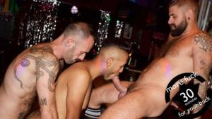 GuyBone – Bareback Tag Team – Dieter Red, Jon Shield & West – Bareback