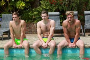 EnglishLads – Straight Hunk Cheeky Joel's 1st Man Blow & Aaron Joins in – Three Straight Lads in the Sunshine!