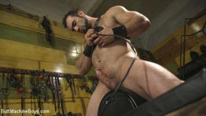 ButtMachineboys – House dom takes his first machine deep in his hairy hole! – Jaxton Wheeler