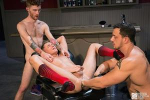 FistingCentral – Fistys Barber Shop – Seamus OReilly, Colin Bryant & Joey D