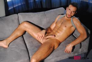 HardBritLads – Stany Falcone – Solo