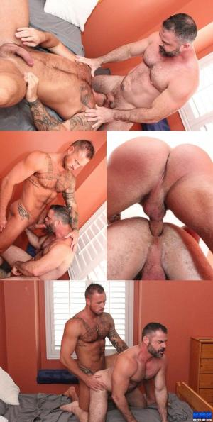 BreedMeRaw – Bishop Angus & Michael Roman – Bareback