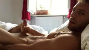 KeumGay – Mark straight guy during a webcam session