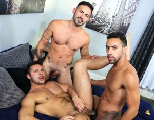ExtraBigDicks – Surprise Big Dick Threeway – Seth Santoro, Jay Alexander & Cesar Rossi