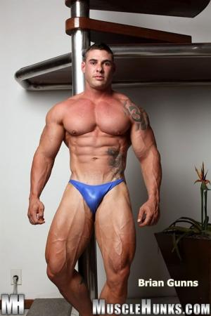 MuscleHunks – Brian Gunns Gunning For Action