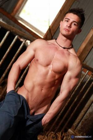 MaleModel – Cristiano posing at Farm