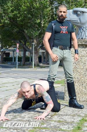 CazzoClub – Leather Big Wolf vs Axl Black