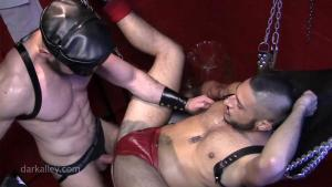 DarkAlleyXT – Hung Up and Fisted – Max Wilde & Alex Wolfe – Bareback