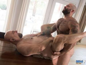 BearFilms – Atlas Grant & JW Bare – Bareback