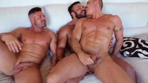 RoganRichards – House Fuck Part 3 – Rogan Richards, Gabriel Lunna & Marc Ferrer – Bareback