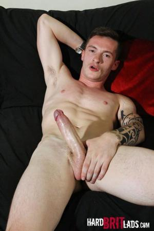 HardBritLads – Daniel James