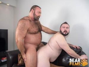 BearFilms – Brad Kalvo & Dean Gauge – Roadside Pickup