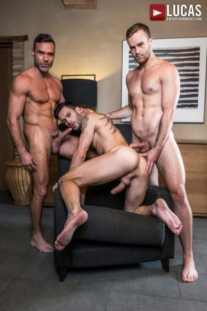 LucasEntertainment – Top-Daddy Manuel Skye Fucks Jackson Radiz & Andy Star – Bareback