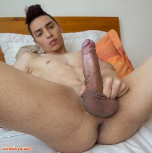 Latinboyz – Cute Colombian Twink Julian