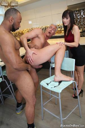 BlacksOnBoys – Silver Steele & Ray Diesel