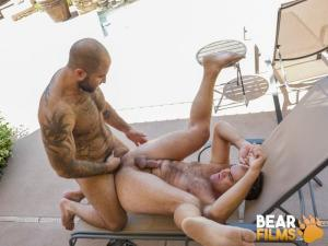 BearFilms – Atlas Grant & Dino DeFrancesco – Sharing is Caring 2 – Bareback