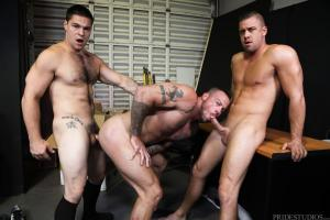 MenOver30 – First Day On The Job – Darin Silvers, Sean Duran & Aspen